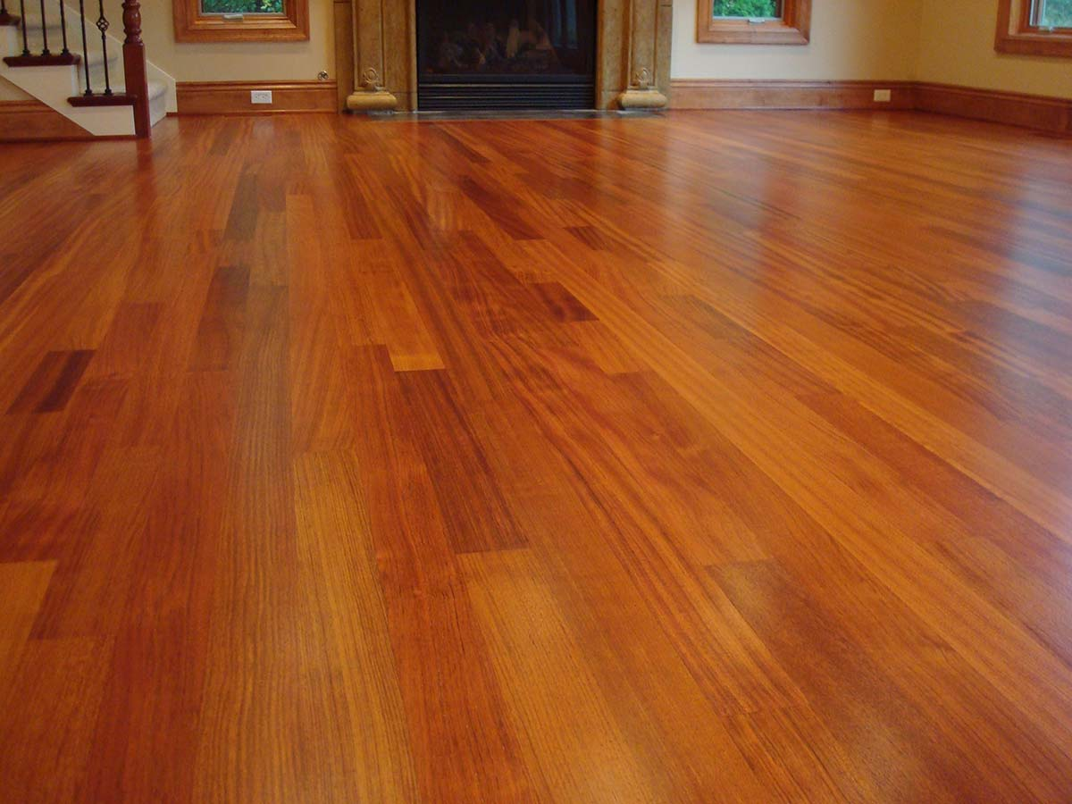 Hardwood floors gallery classic hardwood floors for Cherry laminate flooring